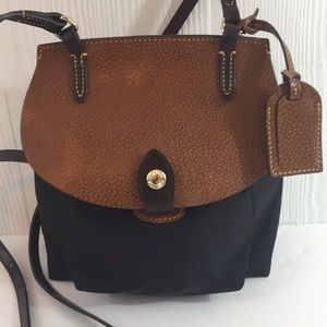 Dooney & Bourke Crossbody bag leather canvas